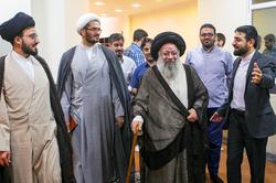 بازدید آیت الله موسوی جزایری از پایگاه فقه حکومتی وسائل