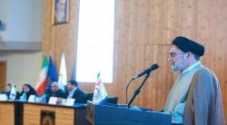 حقوق شهروندی از دیدگاه فقهی امام خمینی/ تاکید امام بر رسیدگی سریع به صلاحیت قضات