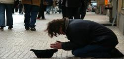 گفتگو| عواقب فقر و تکدی گری برای سبک زندگی/ نسخه دین برای درمان فقر